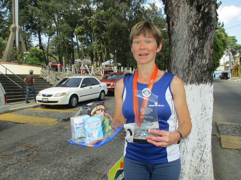 Sian wins 3rd prize at Guatemala 10k_0488.JPG