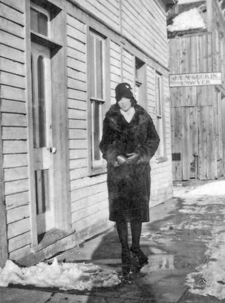 Laura Nelson Schloredt Sundance 1928.jpg