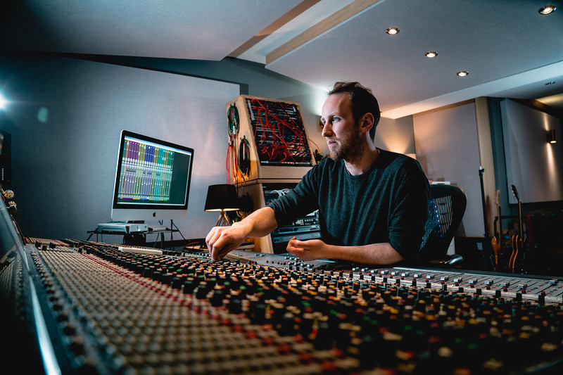 Tom Bish Studio 2019-11.jpg