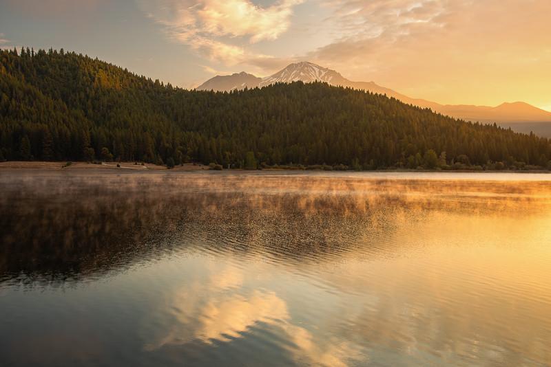 Siskiyou Lake