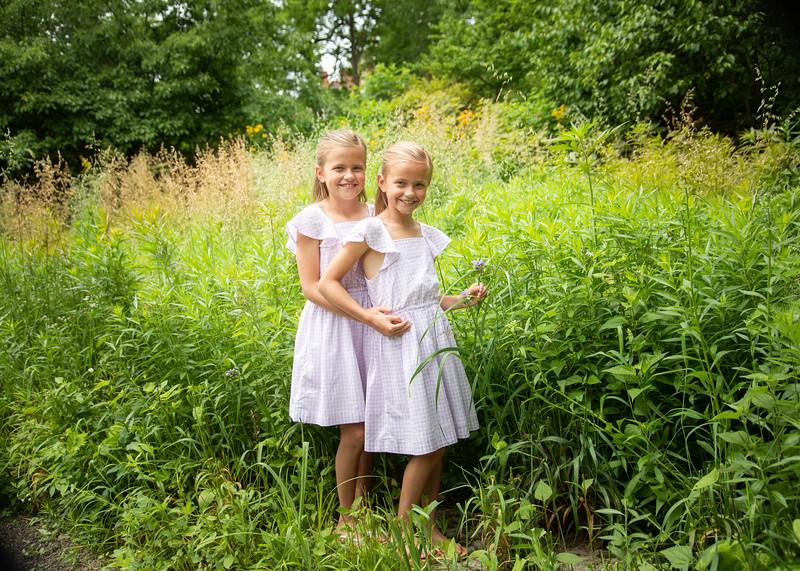 Flower Girls (2 of 3)-2.jpg