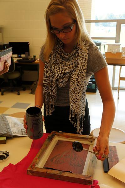 Lutheran-West-Art-Class-Silk-Screen-T-Shirts--September-2012--69.JPG