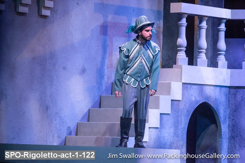 SPO-Rigoletto-act-1-122.jpg