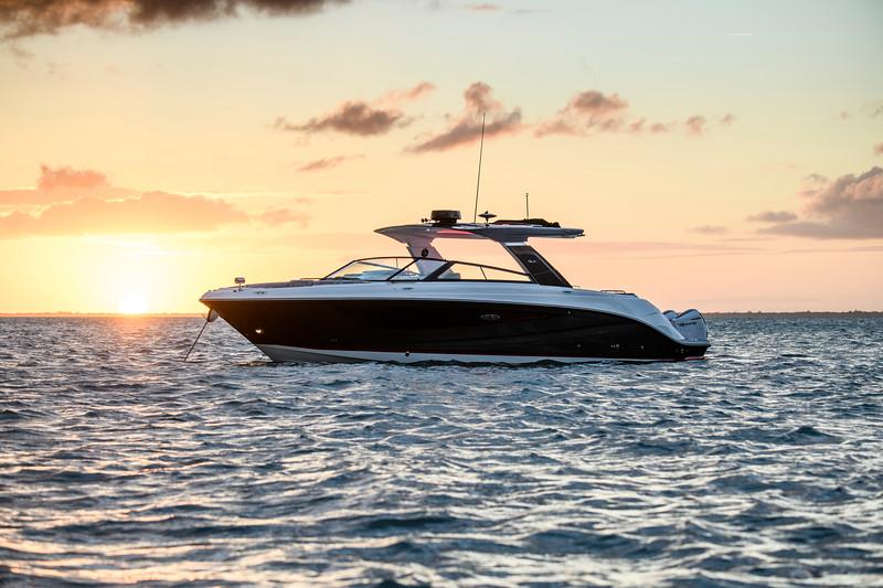 2020-SLX-R-400-e-Outboard-profile-09.jpg