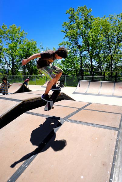 Jonas Skateboarding