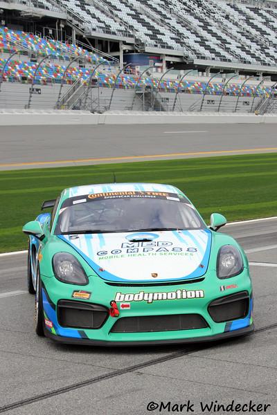 GS-Bodymotion Racing Porsche Cayman GT4 MR