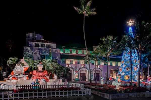 Honolulu Christmas Lights  at Honolulu Hale
