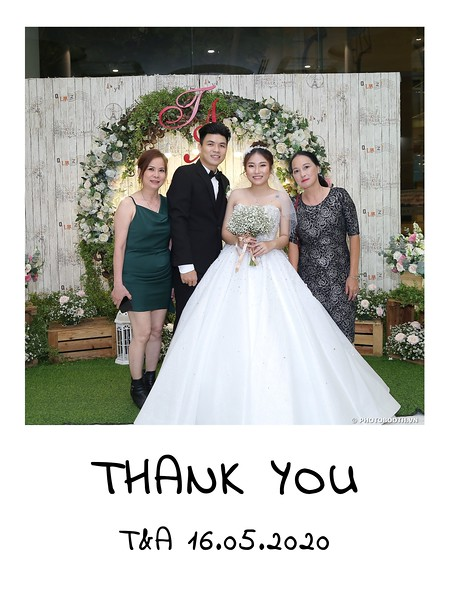 TA-wedding-instant-print-photo-booth-at-Revierside-Palace-Quan-4-Chup-hinh-in-anh-lay-lien-Tiec-Cuoi-056.jpg