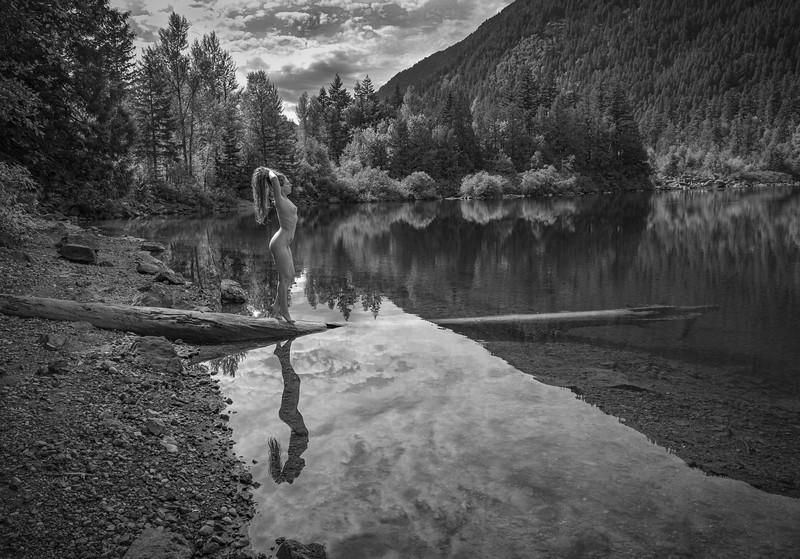 Larissa-Mountain Lake-8331.jpg