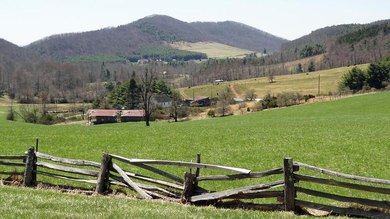 Virginia Blue Ridge, Skyline 011.JPG