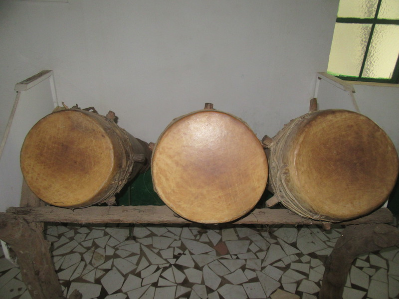 024_Banjul. Kachically Crocodile Poll and Museum. The Bukarabu. The popular Jola drum and dance.JPG