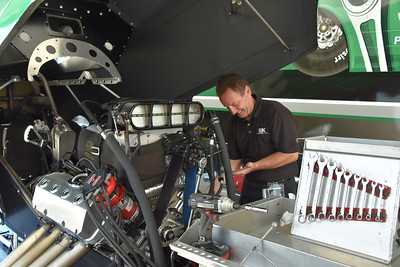 Top Alcohol Funny Car Pits