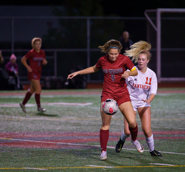 2019-10-01 Varsity Girls vs Snohomish 060.jpg