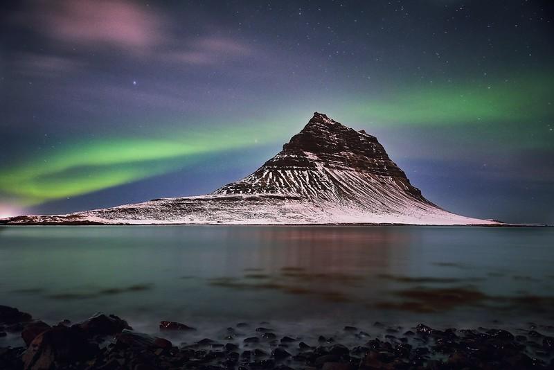 northern lights in iceland - kirkjufell