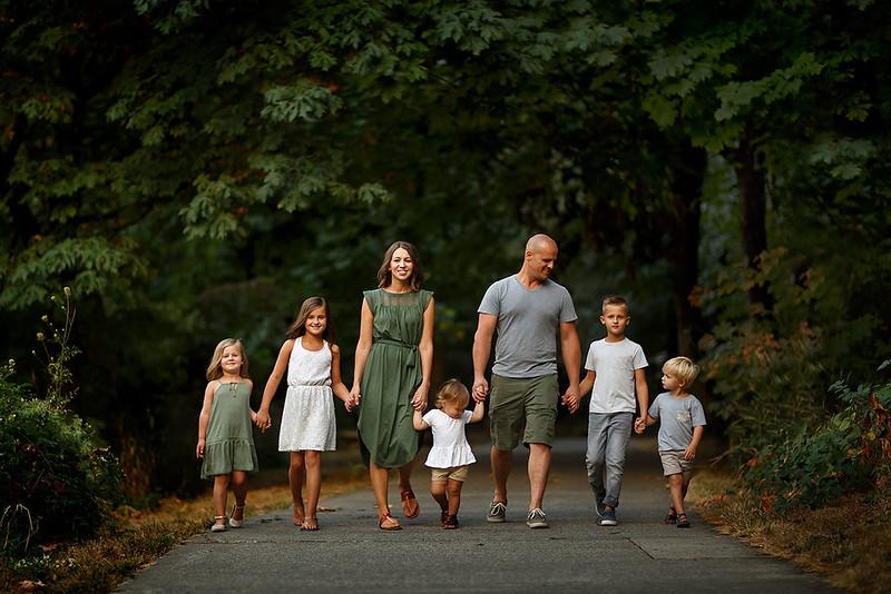 Sacramento family photographer during outdoor portrait session. Family summer portraits