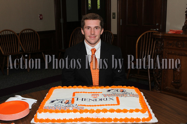 Davis Page signs with Hendrix College