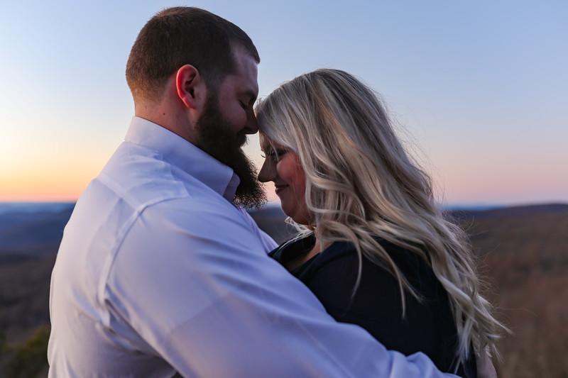 20200222-Lauren & Clay Engaged-350.jpg