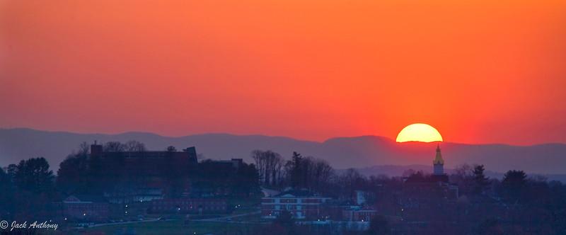 UNG sunset_0321_.jpg