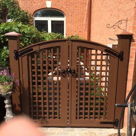 375 - VA - Lattice Double Gate