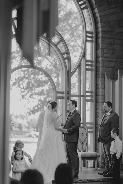 Amy+Andy_Wed-0335 (2).jpg