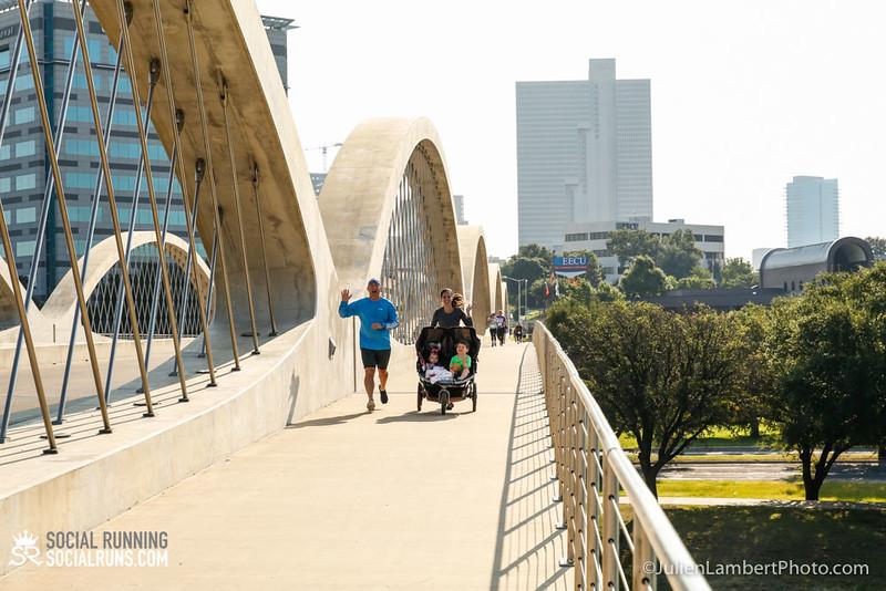 Fort Worth-Social Running_917-0504.jpg
