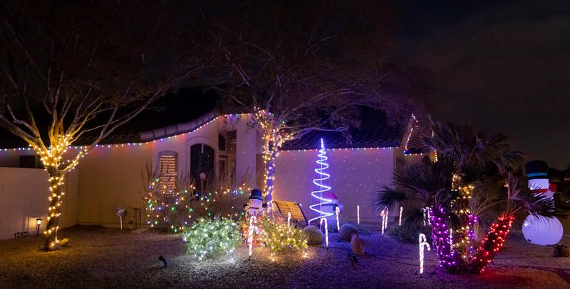 Phoenix Adobe Highlands Neighborhood Lights December 24, 2018  06.jpg