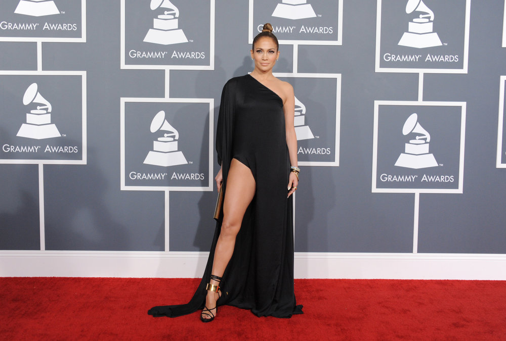 . Jennifer Lopez arrives at the 55th annual Grammy Awards on Sunday, Feb. 10, 2013, in Los Angeles.  (Photo by Jordan Strauss/Invision/AP)