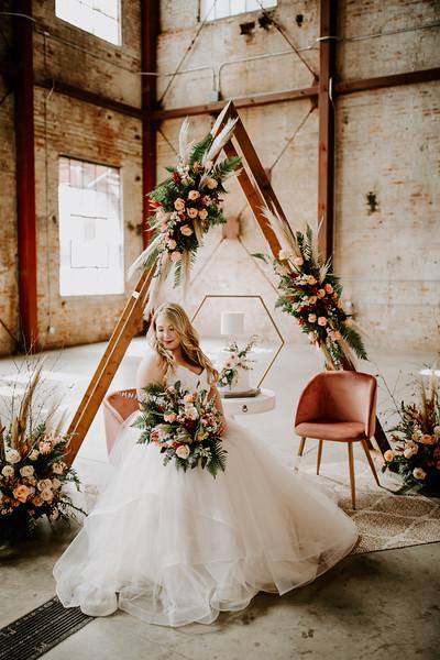 Real Wedding Cover Shoot 01-1401.jpg