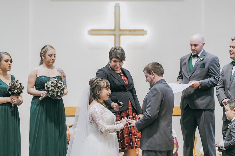 Johnna_Derek_Wedding_La_Casa_Grande_Beloit_Wisconsin_December_15_2018-164.jpg