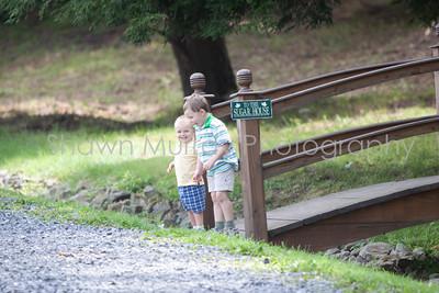 Evan & Owen at Spragues