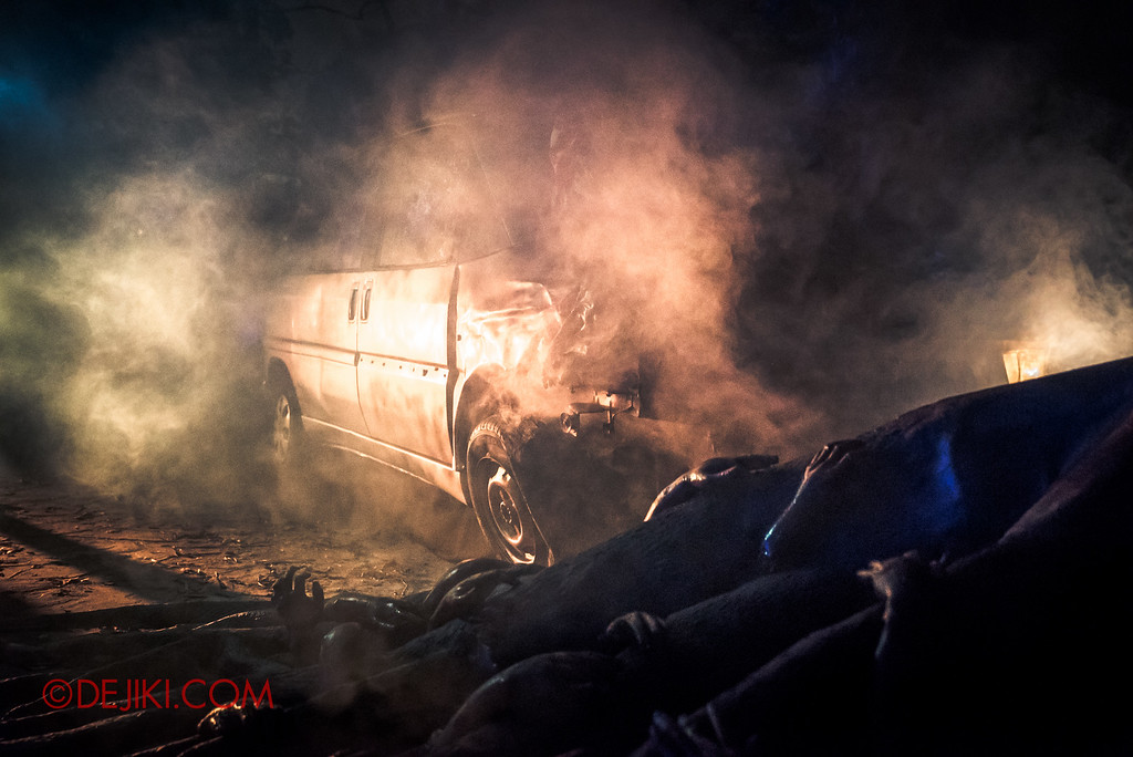Halloween Horror Nights 6 - Suicide Forest / Car Crash