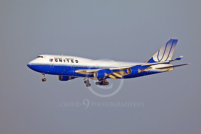 United Airline Boeing 747 Airliner Pictures
