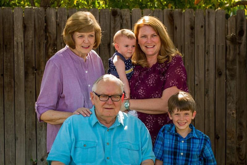 03-27 Hanson Family-146.jpg
