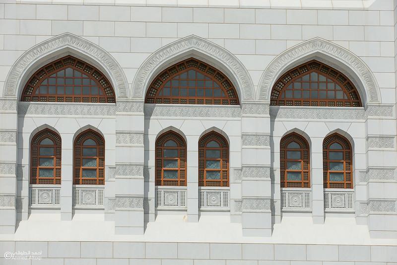 Sultan Qaboos Grand Mosque (79).jpg