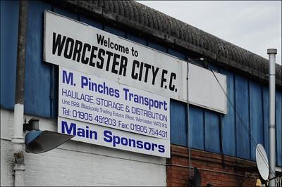 Worcester City (a) L 4-1