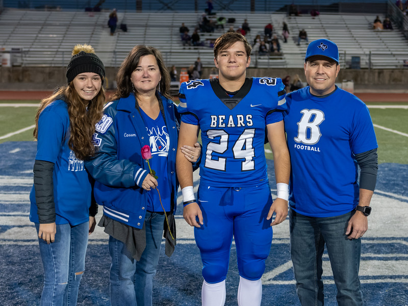 LV2019_SeniorNight-13.jpg