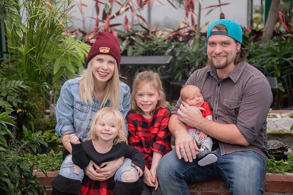 Dunn Family Christmas Minis 2018