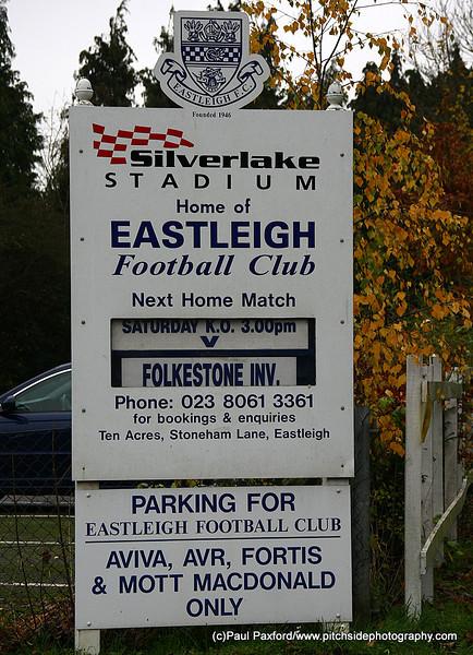 Eastleigh 2 Folkestone Invicta 1  FA Trophy  20/11/10