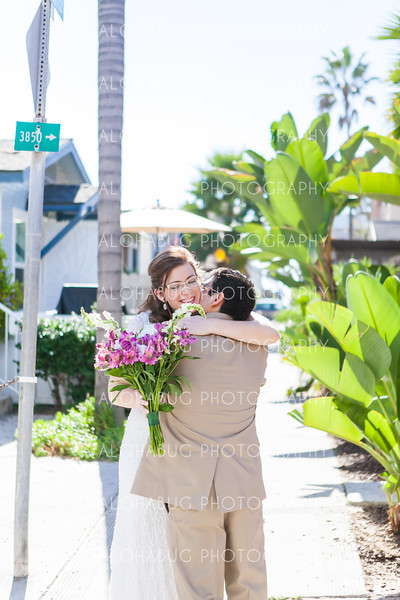 Amy + Wilmer | Mission Beach Women's Club Wedding Photographer | San Diego Wedding Photographer