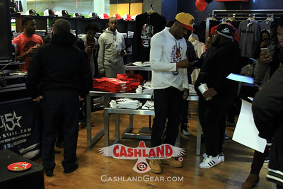 Cashland Store Grand Opening