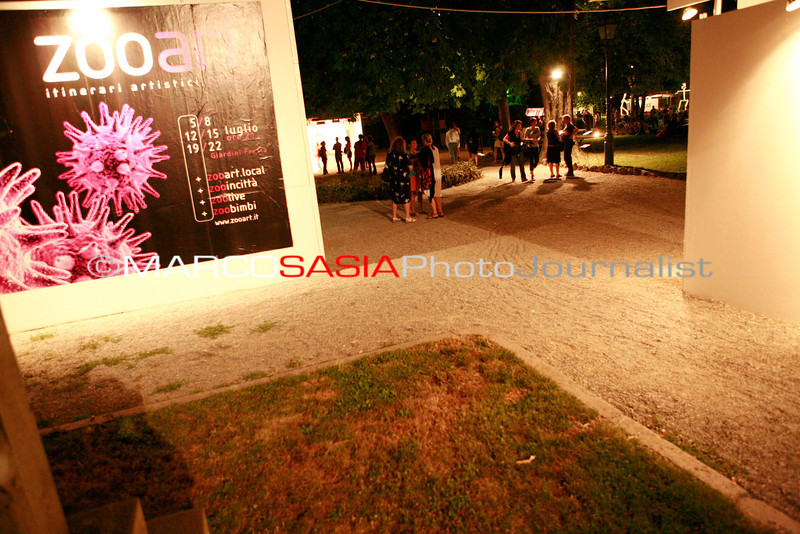 0219-ZooArt-02-2012.jpg