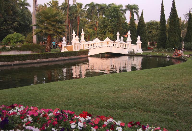 Nong Buak Hard Public Park - Chiang Mai