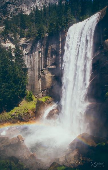 08_10-13_2017_Yosemite_VernalFall_06.jpg