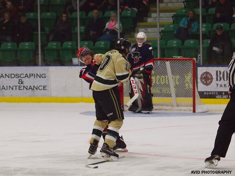 Okotoks Oilers vs Brooks Bandits.September 15.2017 (93).jpg