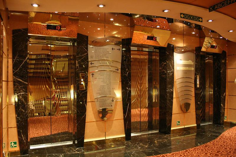 2008 - On board MSC MUSICA : Elevators.
