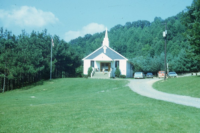1970 Mount Washington Church.jpg