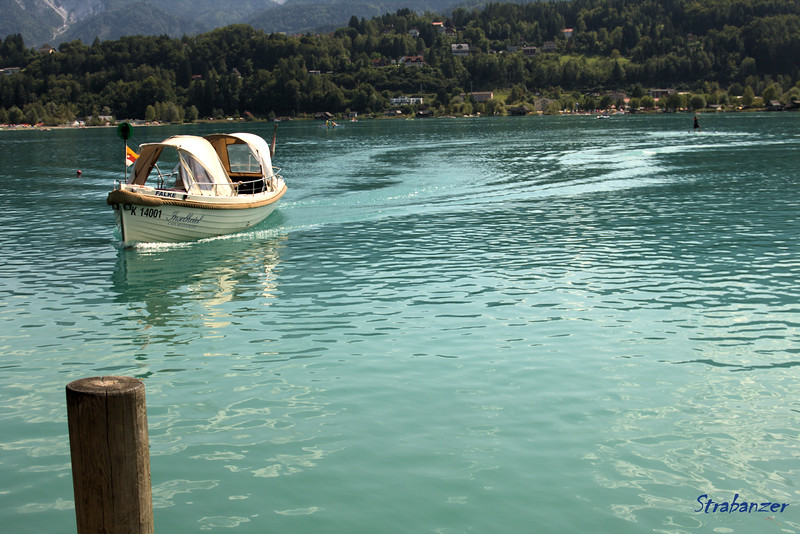 Faak am See, Kernten, Austria  08/27/2017 The ferry arrives at the Insel This work is licensed under a Creative Commons Attribution- NonCommercial 4.0 International License