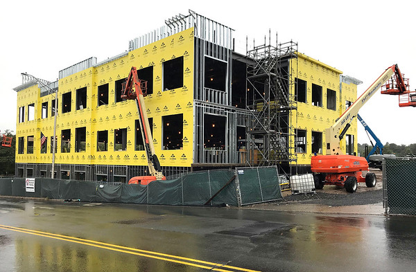 9/25/2018 Mike Orazzi | StaffConstruction of Bristol Hospitals ambulatory center on Main Street.