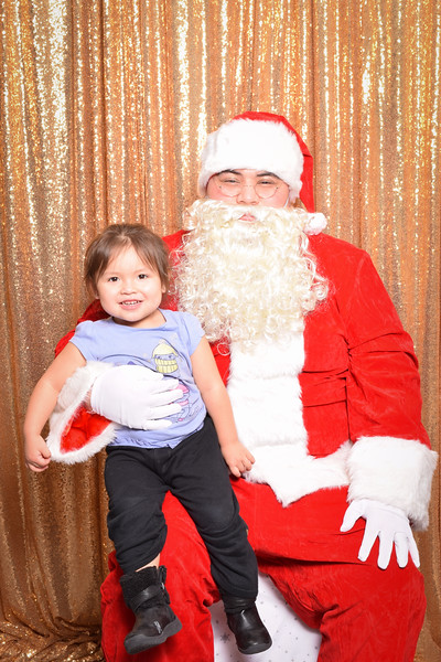 Muckleshoot Santa-021.jpg