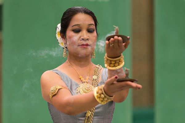 Charya Burt Cambodian Dance @ the Green Show 8/6/17